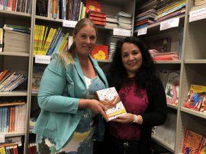 Biblionef ontvangt 100 boeken van Oostland Literair