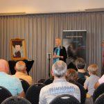 Burgemeester lovend over tante Boefie gaat literair